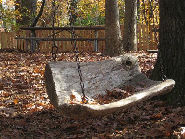 ljuljaska od izdubljenog debla 9